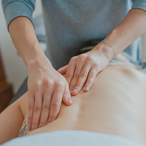 Massagen während & nach der Schwangerschaft